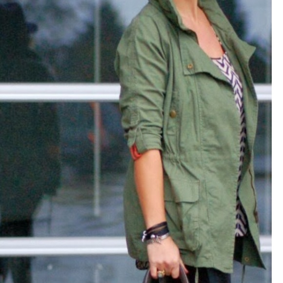 Willow & Clay Jackets & Blazers - Willow & Clay camo green cotton anorak jacket L
